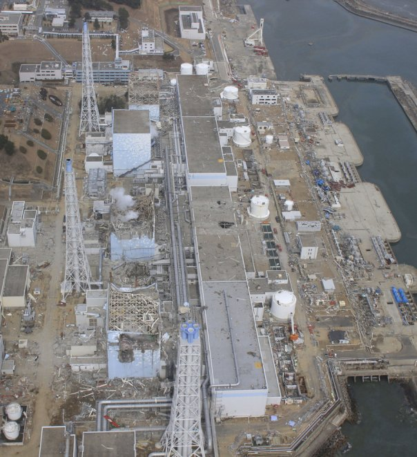fukushima_nuclearpowerplant1
